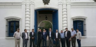 Funcionarios nacionales y la FET por obras para el Bicentenario