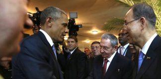 Obama estrecha su mano con Raúl Castro en Cuba