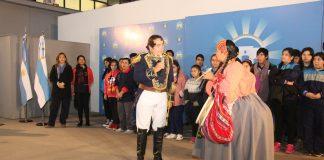 Dia del himno en la Municipalidad con teatro y Fundación Animar