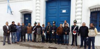 Ex combatientes, amigos y parientes, en la Casa Histórica