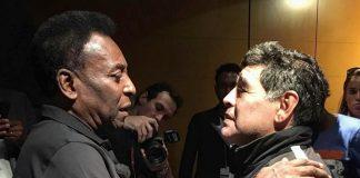 """Maradona y Pelé se encontraron en Francia y """"fumaron la pipa de la Paz"""" sin antes criticarlo a Messi."""