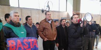 Reclamo pacífico de la CGT Tucumán en el Subsidio de Salud