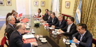 Macri y su gabinete político.