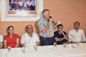Osvaldo-Jaldo-con-la-Burra-Sergio-Mansilla