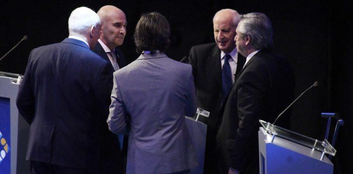 Saludan-al-ganador-del-debate-presidencial